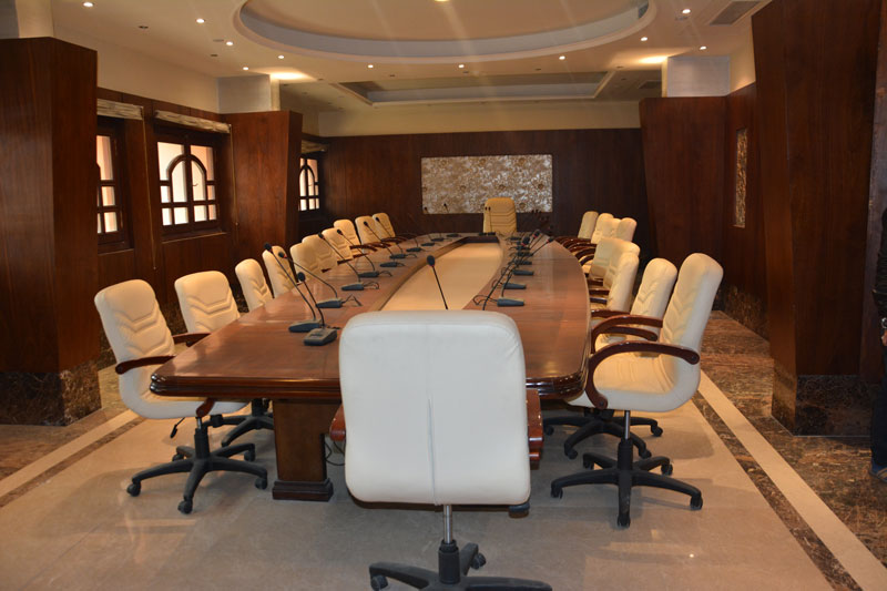meeting-room-002